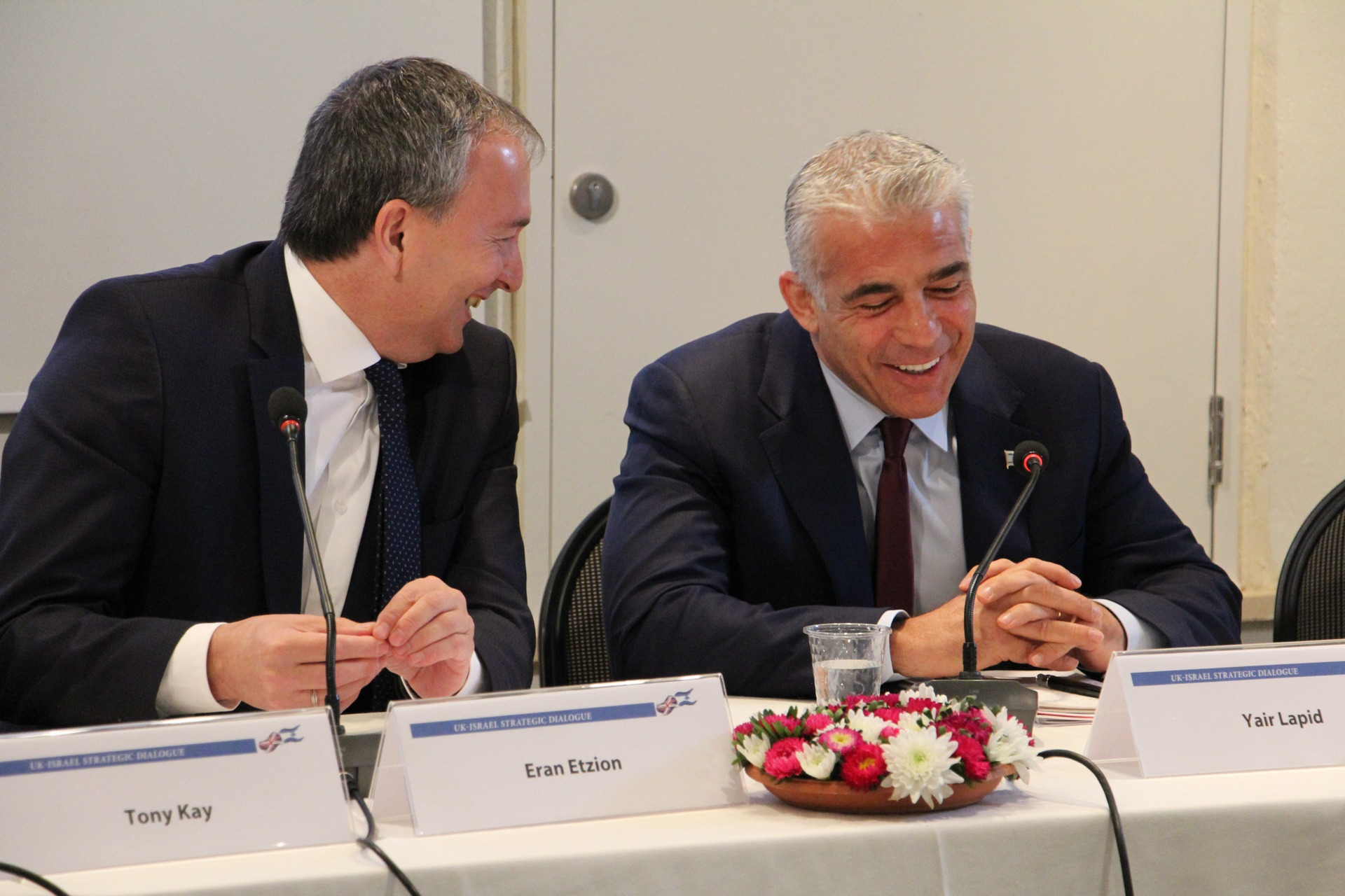 MK Yair Lapid and the Director of the Forum of Strategic Dialogue (FSD) Eran Etzion